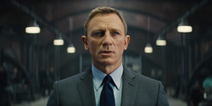 Spectre-trailer-grey-herringbone-stripe-suit